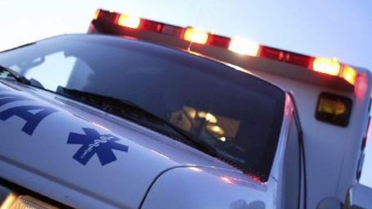 Tampa PD: Driver runs red light, crashes into ambulance carrying patient, 2 EMTs