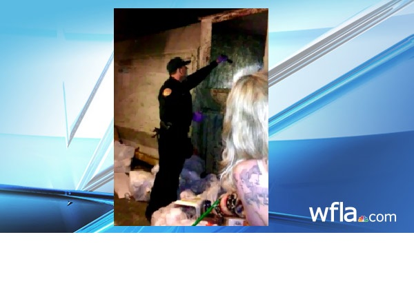 Baby found alive in trash_125226