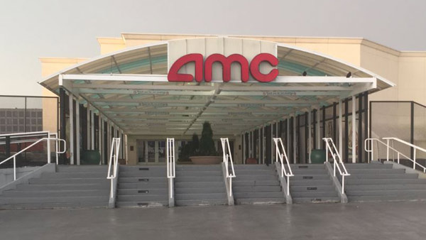 Amc Confirms No Texting In Movie Theaters