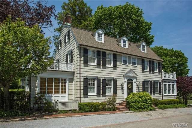 'The Amityville Horror' House on the Market for $850,000_157000