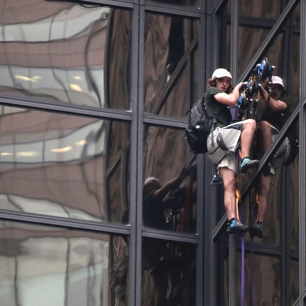 Trump Tower Climber_191928