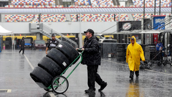 nascarpostponed_231388