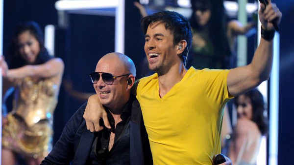 R-Pitbull-and-Enrique-Igles_323944