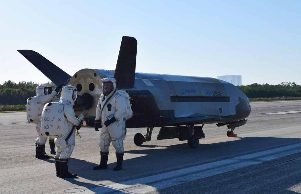 air force shuttle 2_358535