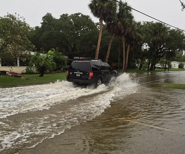 street-flooding_210639