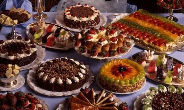 holiday-dessert-cakes-tortes-valentines-day-treat_1517004750799_336935_ver1-0_32742407_ver1-0_640_360_548926