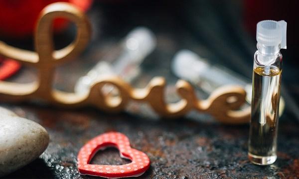 valentines-day-perfume-heart-love_1516311583260_334941_ver1-0_32059953_ver1-0_640_360_542490