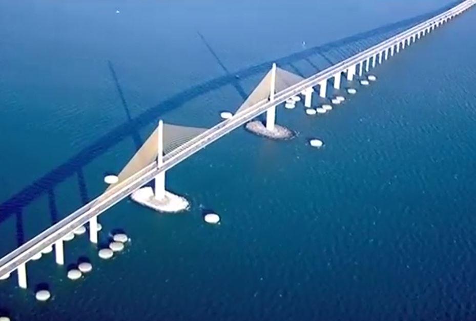 skyway bridge run_579603