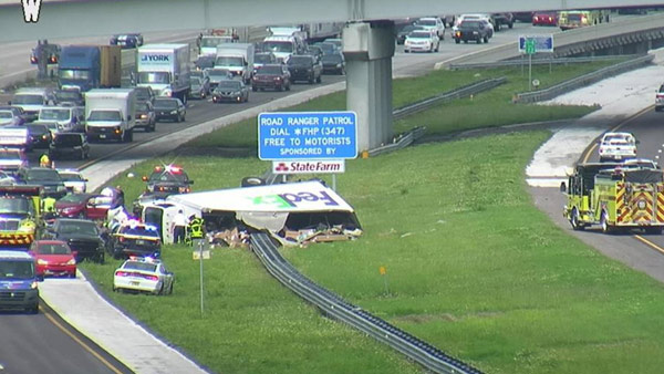 Deadly crash involving FedEx truck causing slowdowns on I-4