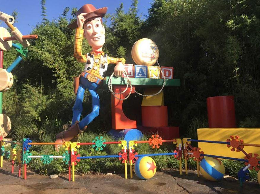 disney Toy Story Land  2_1530195718884.JPG.jpg
