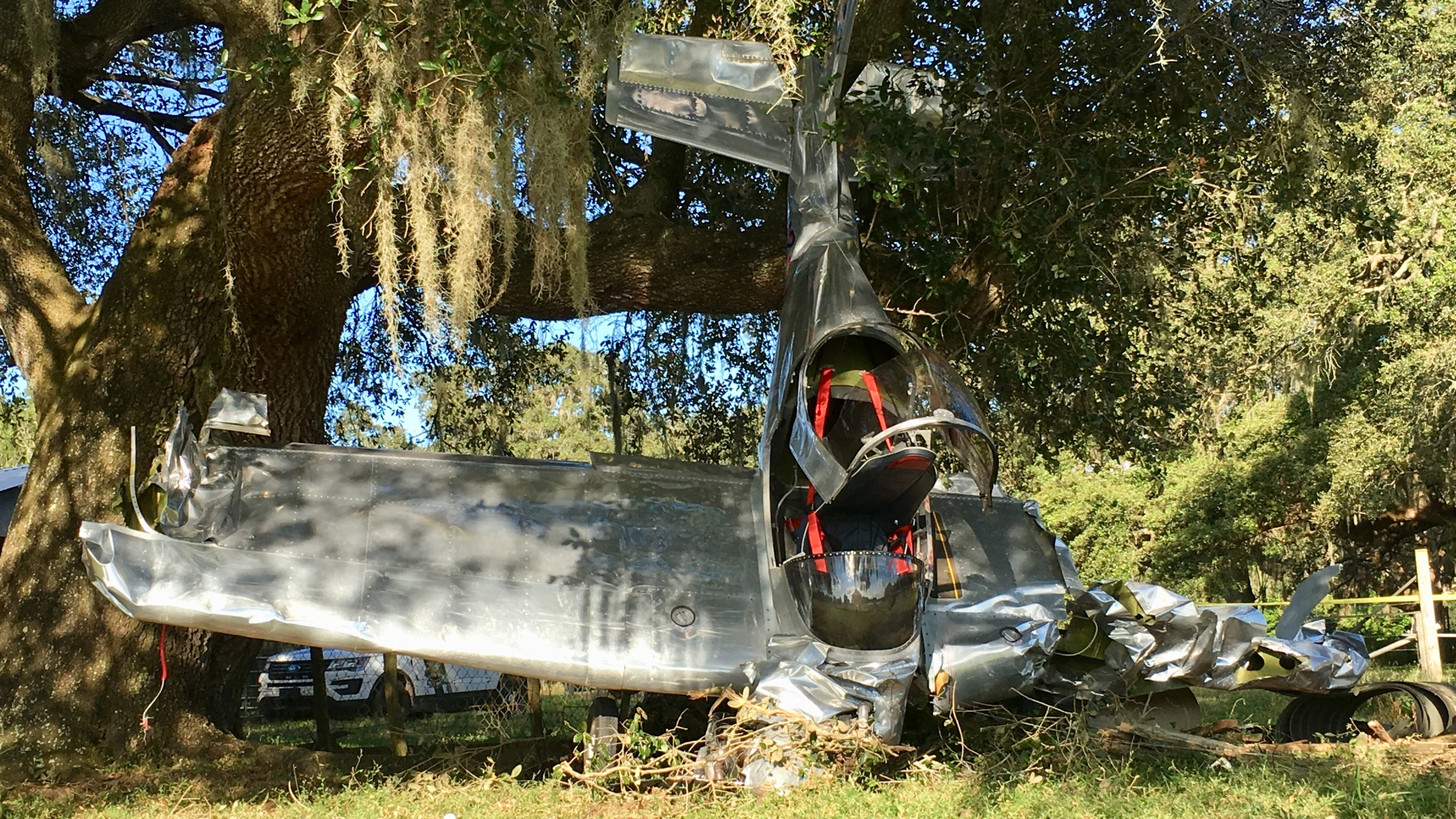 Pilot suffers minor injuries in homemade aircraft crash in Zephyrhills