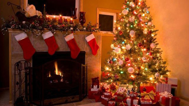 christmas-stockings-fireplace-holiday-christmas-tree_1513899484101_325387_ver1-0_30462887_ver1-0_640_360_373961-873772846