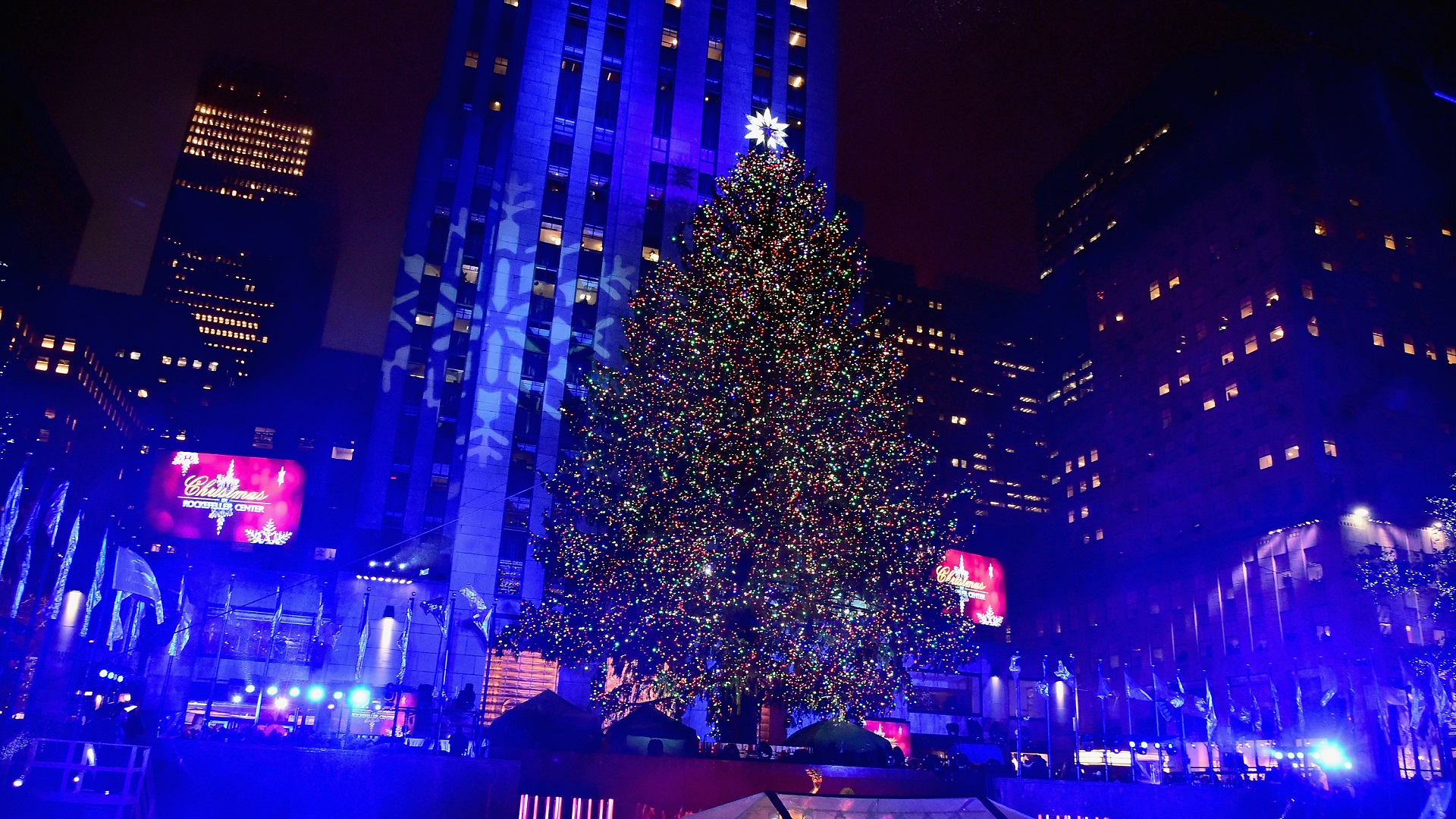 CHRISTMAS TREE ROCKEFELLER