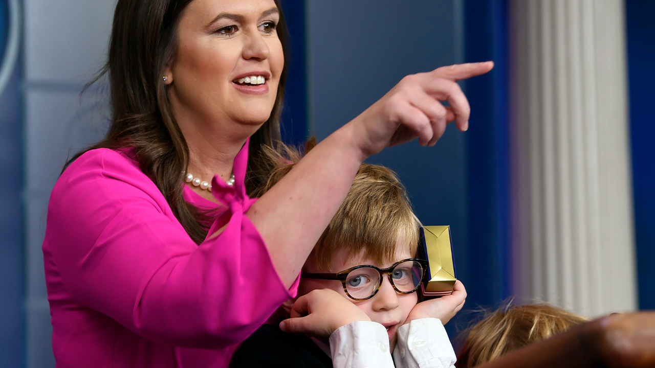 White House Sarah Sanders briefing for kids