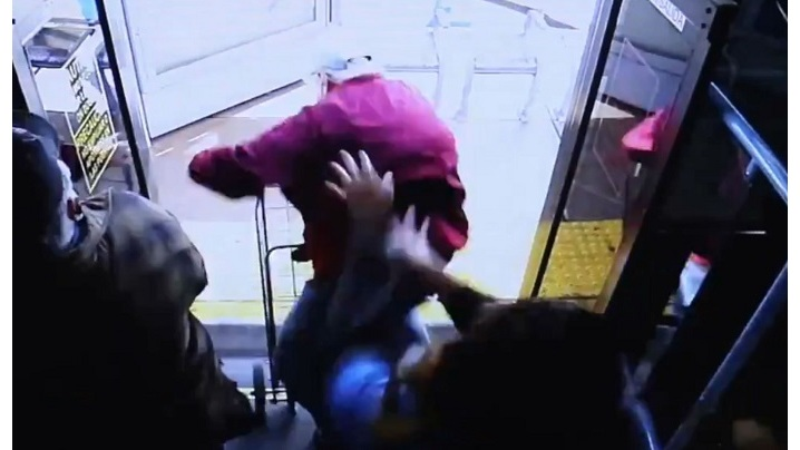 Video shows moment elderly man is pushed off bus before his