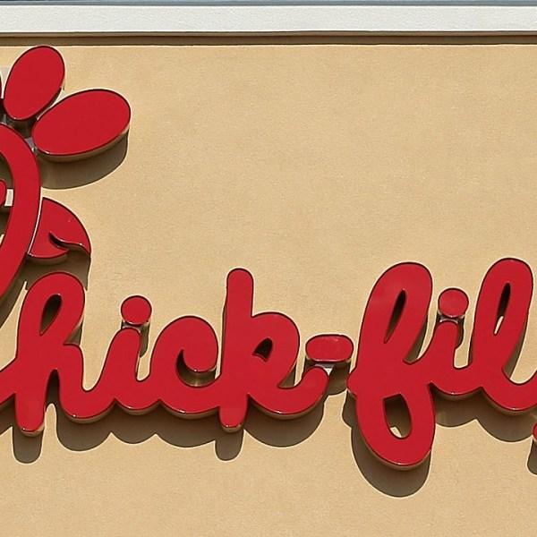Chick-fil-A restaurant sign-159532-159532.jpg47459394