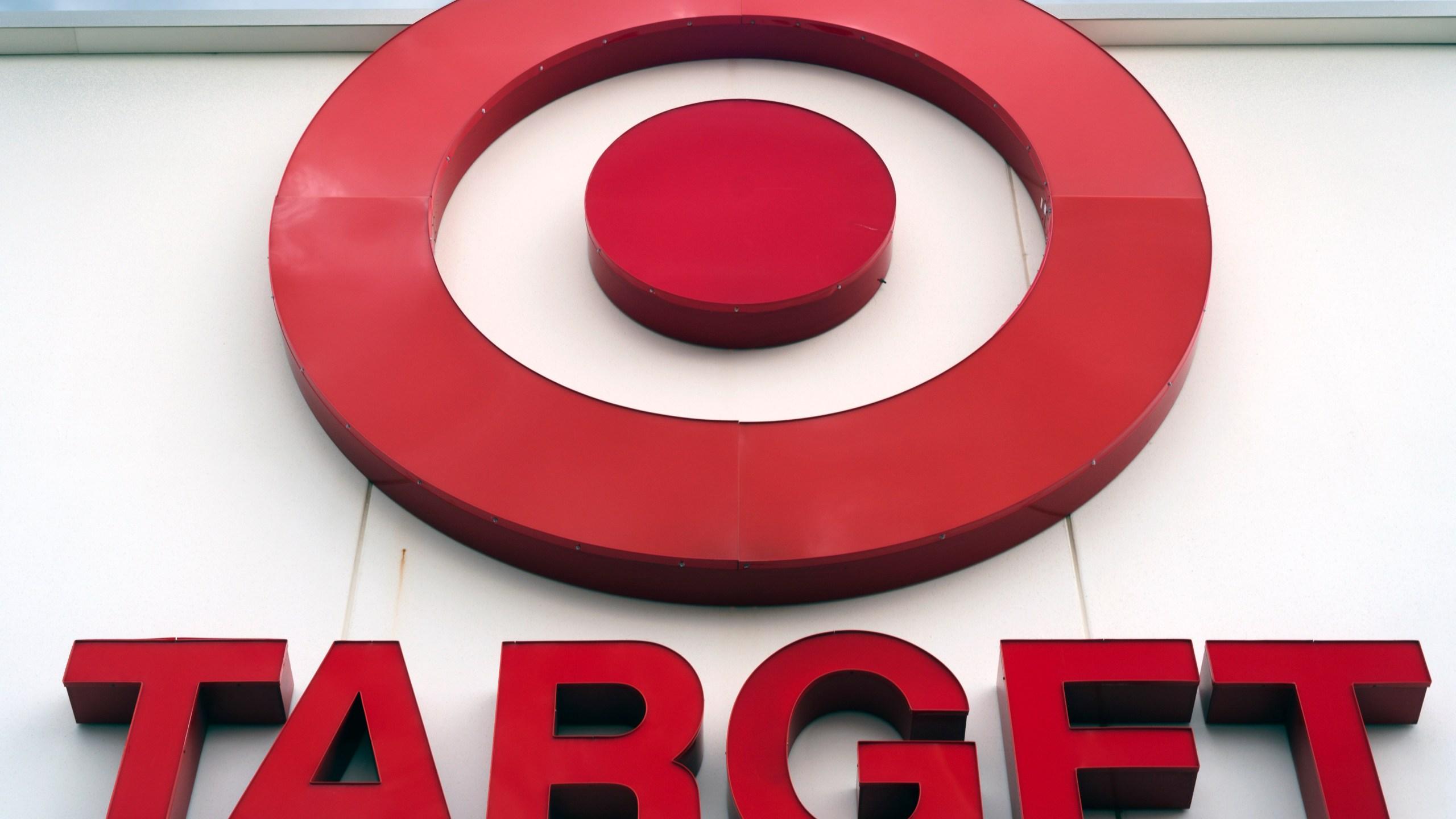 Earns_Target_90193-159532.jpg64900008