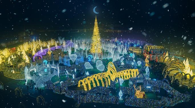 Christmas Lights Bradenton Fl 2019 World's largest Christmas light maze' coming to Tropicana Field