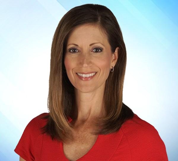 WFLA News Channel 8 anchor Jennifer Leigh