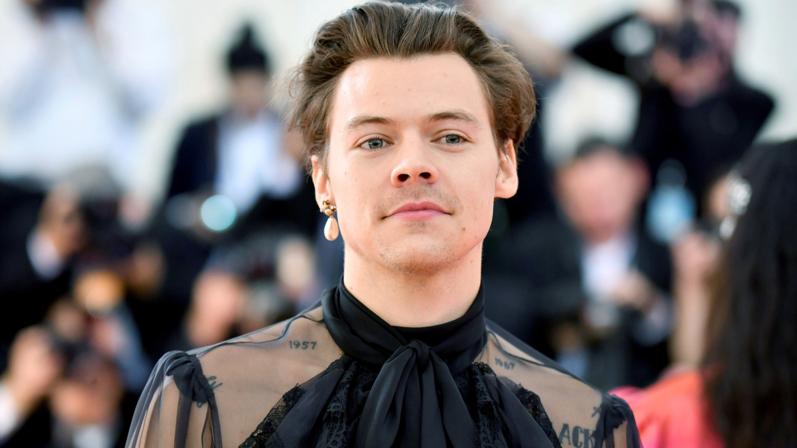 Harry Styles Tour 2020.Harry Styles To Make 2020 Tour Stop In Tampa Wfla