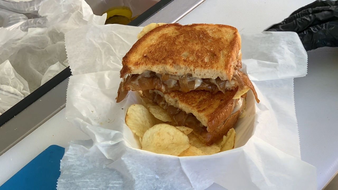 Grilled cheese stand satisfies savory cravings at Florida Strawberry Festival