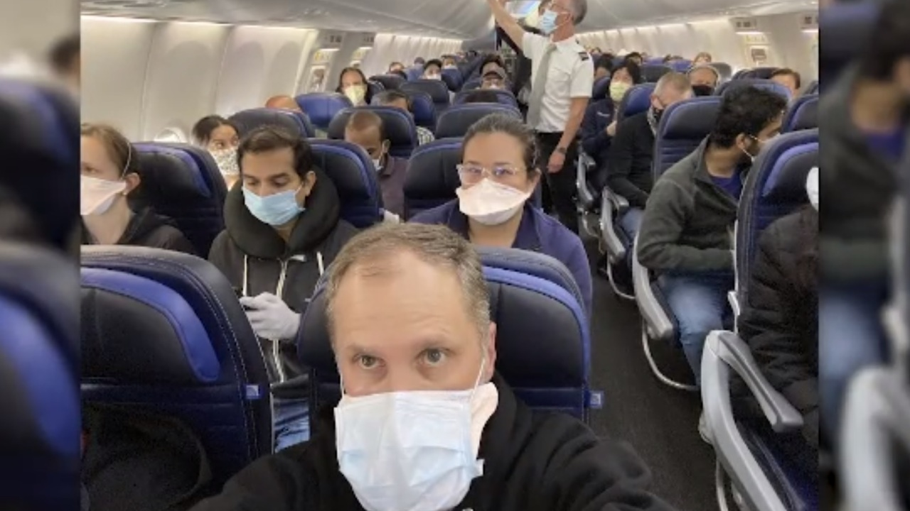 United Airlines Doctor