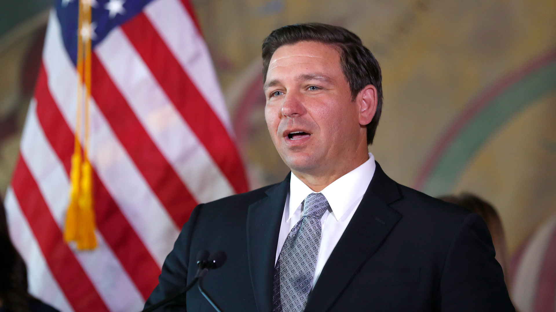 Gov. DeSantis extends eviction ban, but not for everyone | WFLA