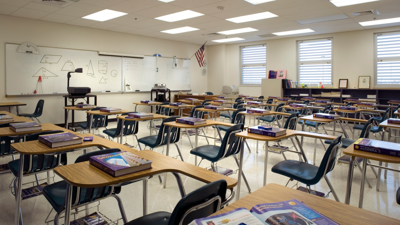 Tampa Bay doctors weigh in on students returning to school amid coronavirus pandemic - WFLA