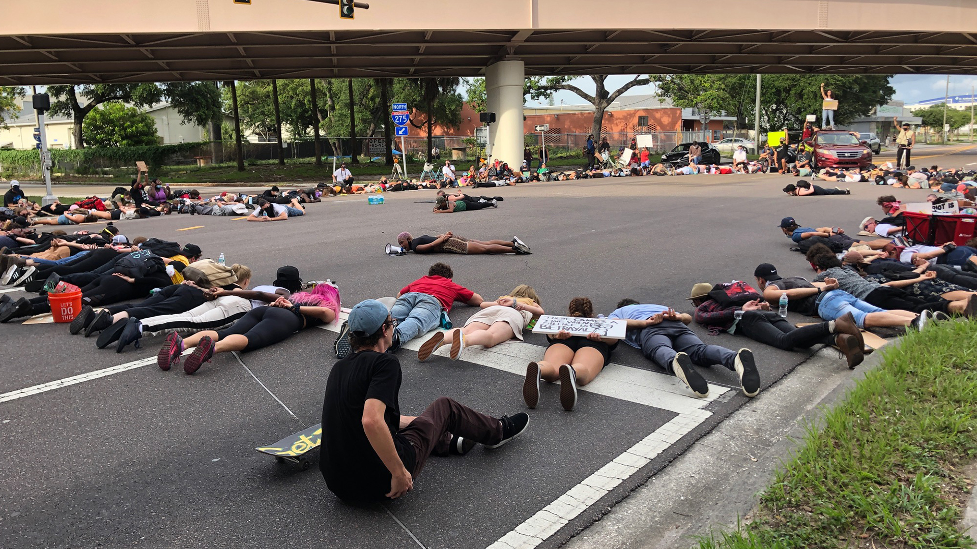 St Petersburg Police To Start Issuing Fines To Protesters Blocking Traffic Wfla