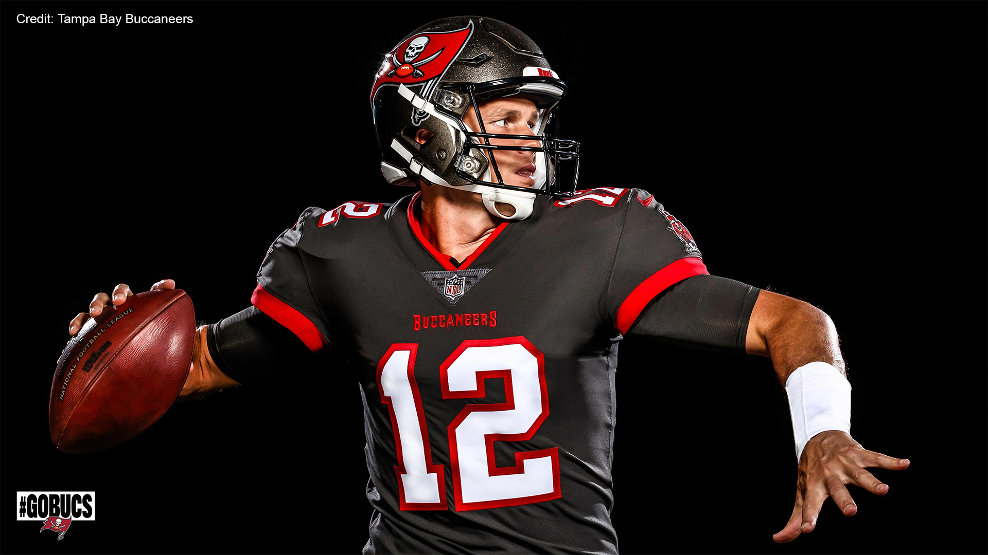 buccaneers release first photos of tom brady in team uniform wfla tom brady in team uniform