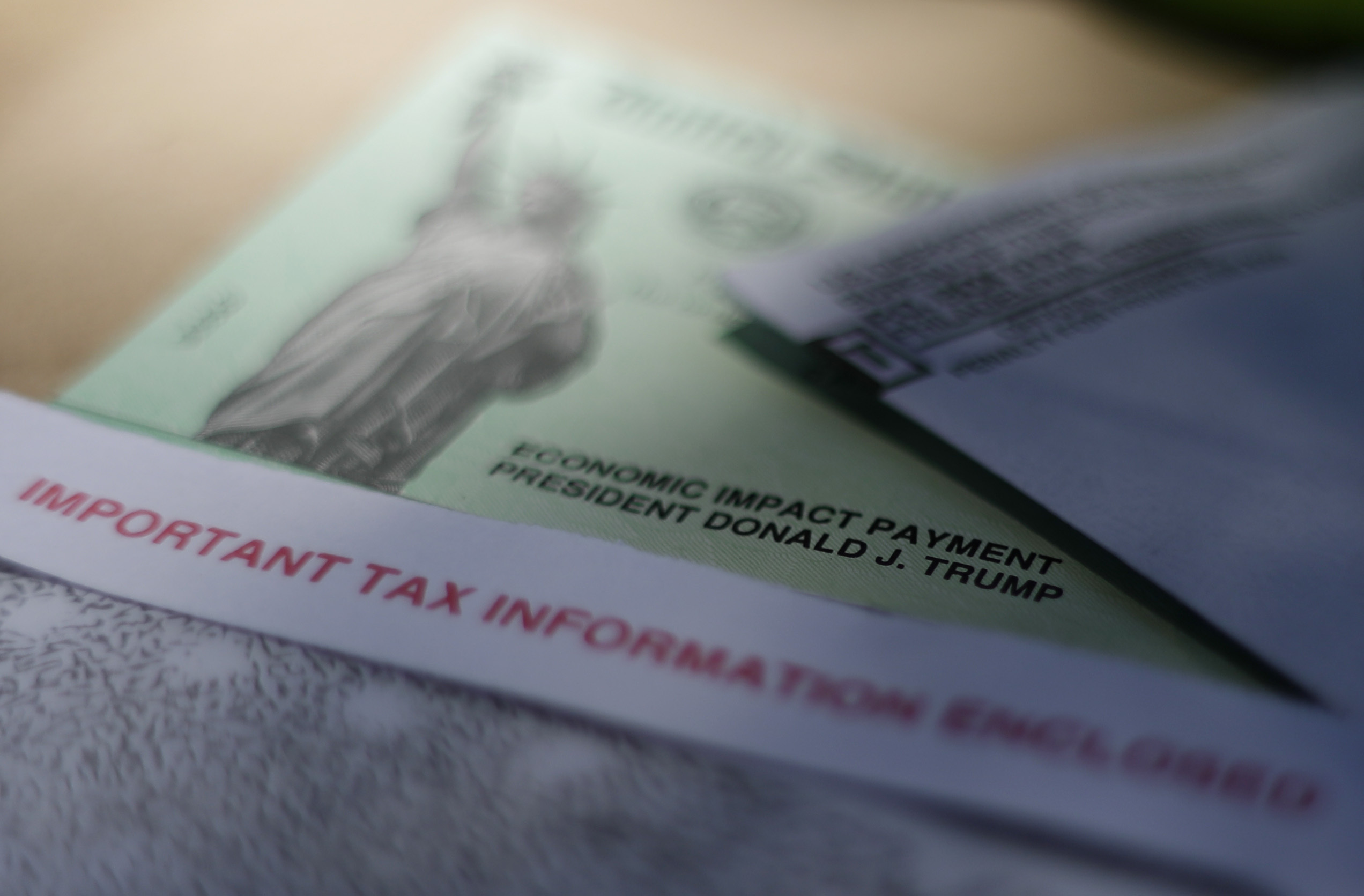 wfla.com - Heather Monahan - Second stimulus check: Group of economists suggests ongoing payments