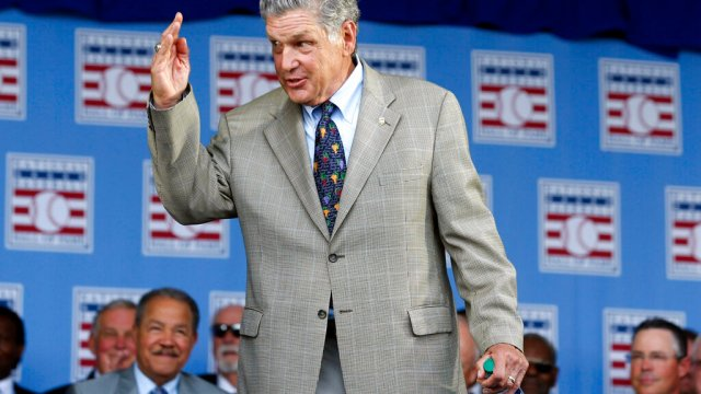 Baseball great Tom Seaver dies at 75 | WFLA