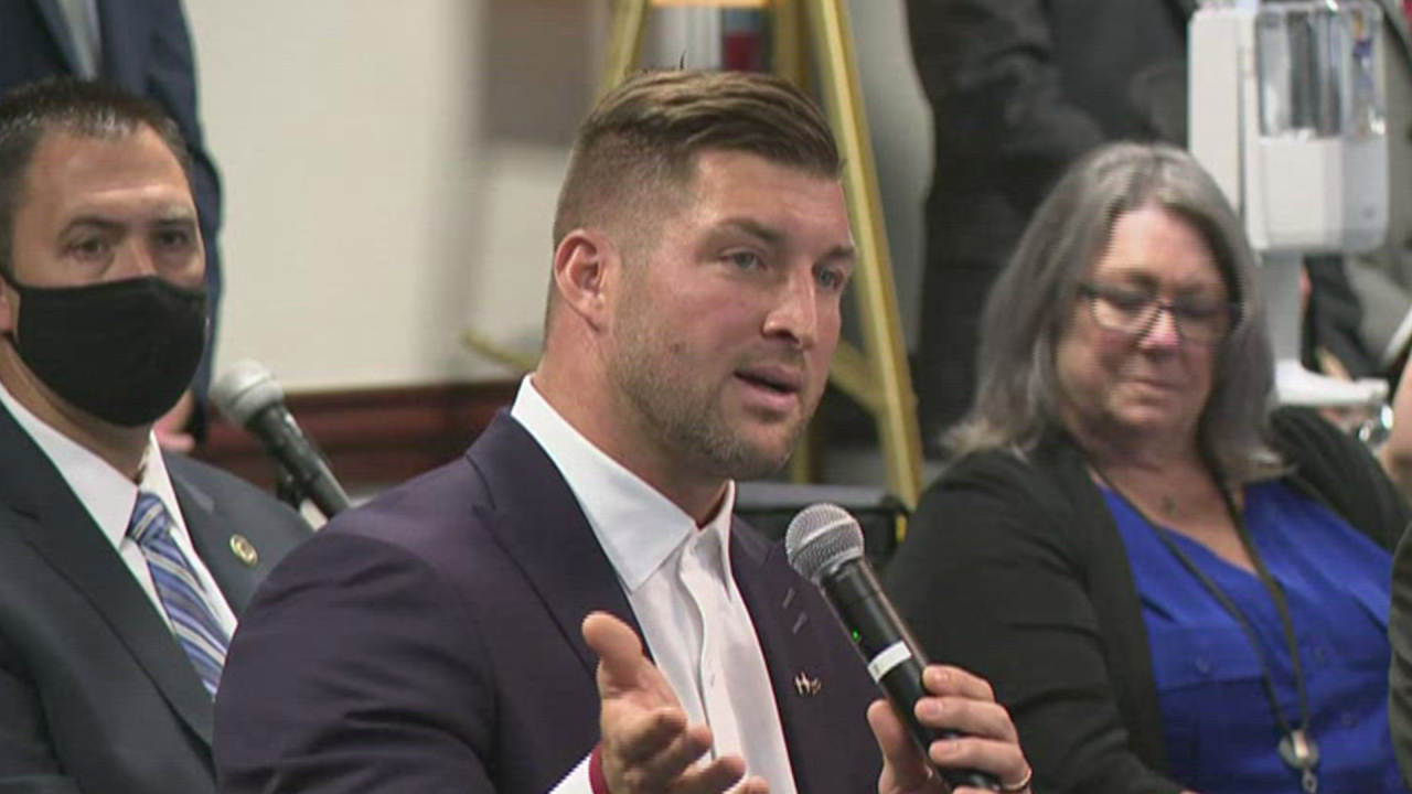 can Tim Tebow run for president?