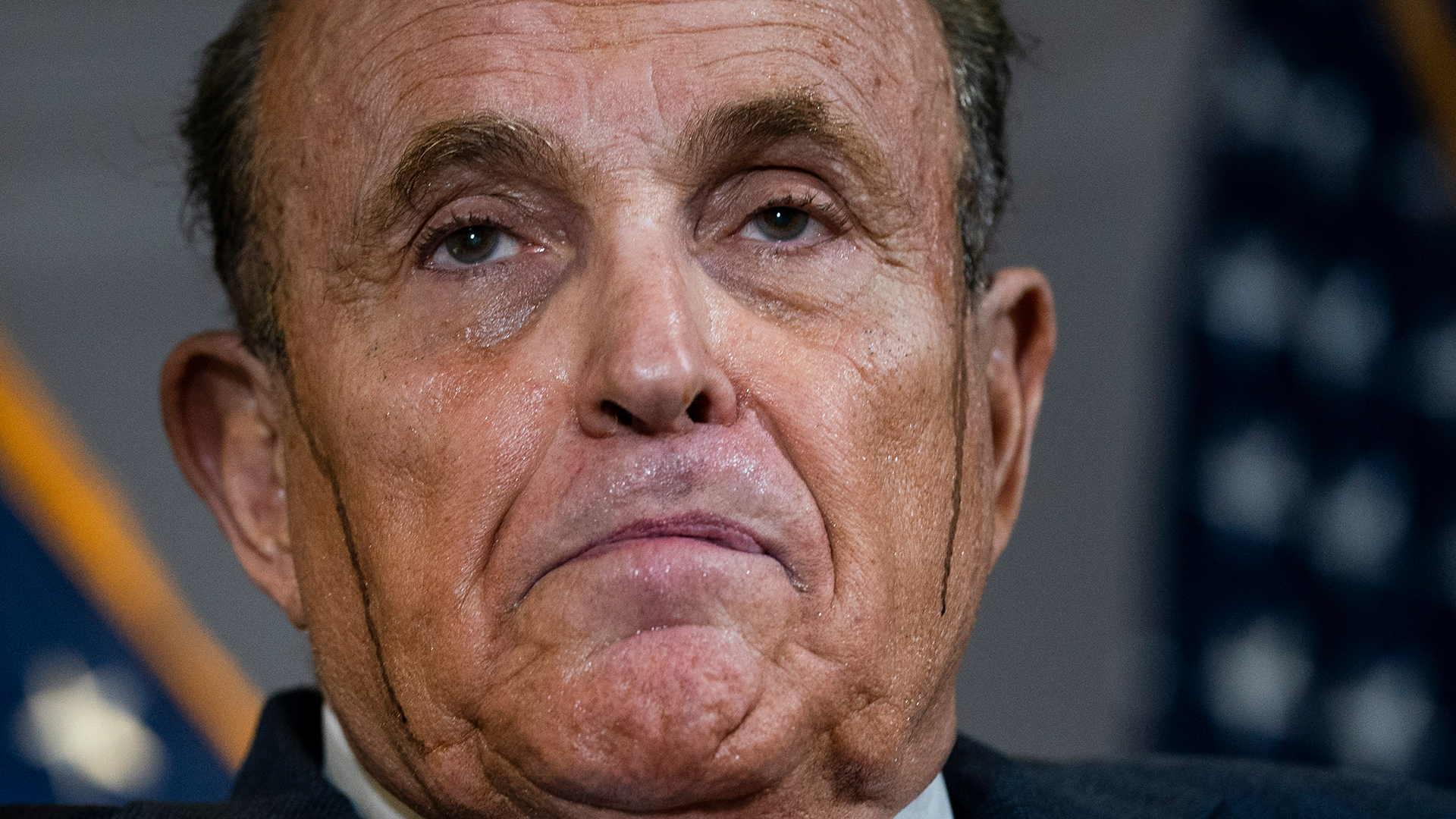 Rudy Giuliani's leaking hair dye takes social media by storm | WFLA