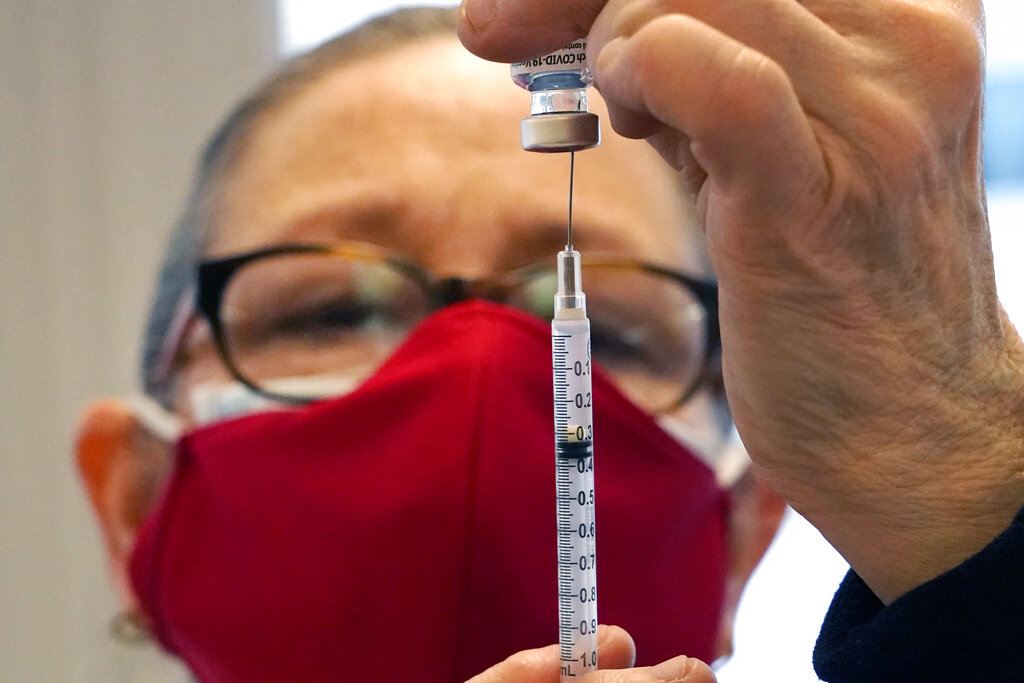 4 in Oregon test positive for coronavirus after vaccinations - WFLA