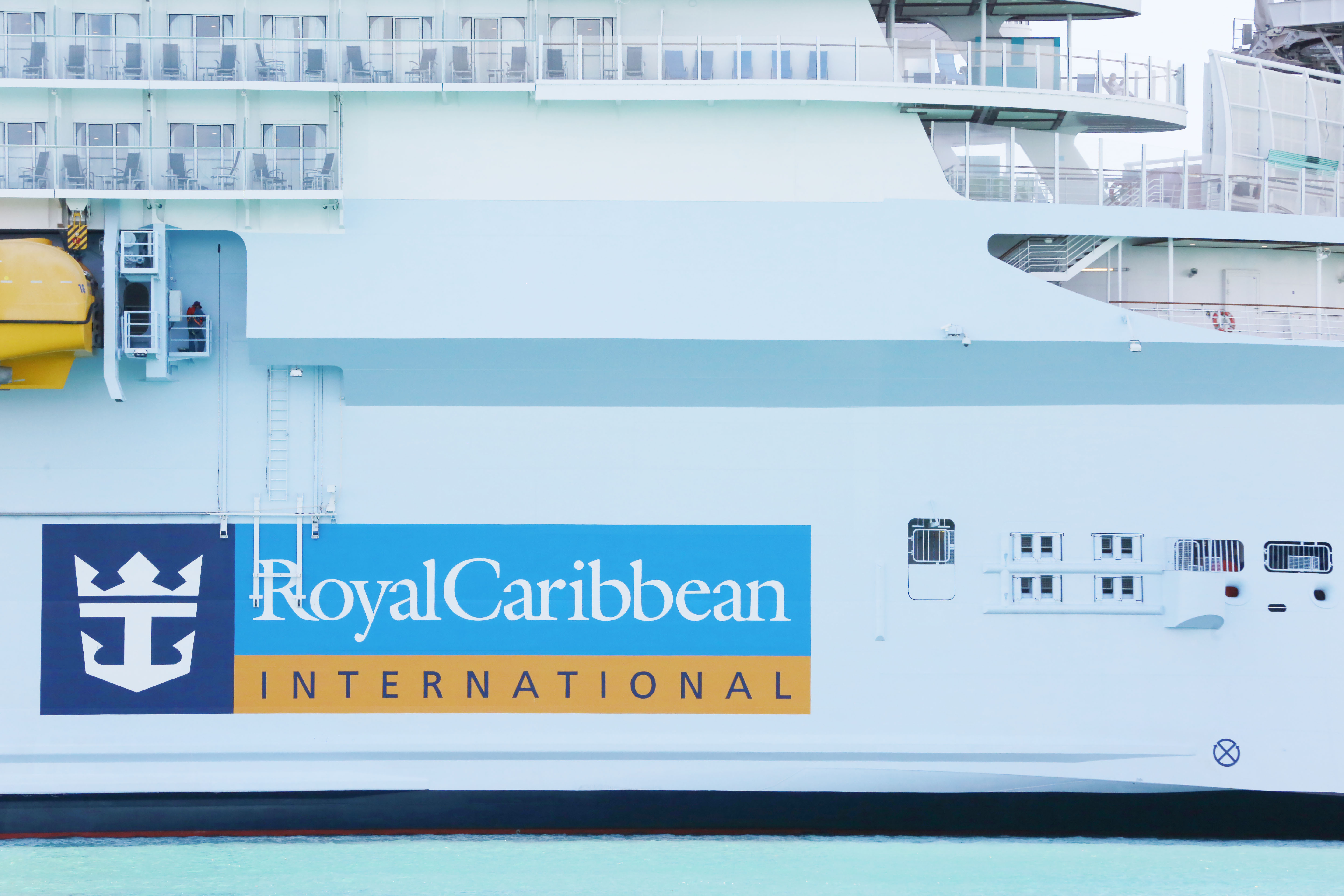Royal Caribbean To Require Guests Be Vaccinated On All Cruises Except Those Setting Sail From Florida Wfla